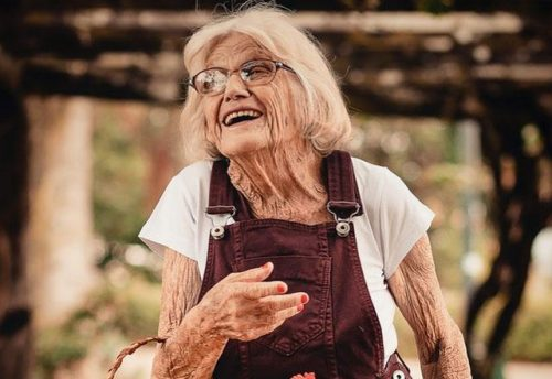 Ways Seniors Cn us Technology | Stroke Recovery Foundation